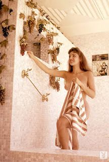 Girls of Playboy - Cindy Fuller - Playmate of the Month May 1959