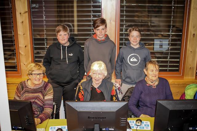 Deltakarar på Seniorsurfdagen 2017 i Skjåk.