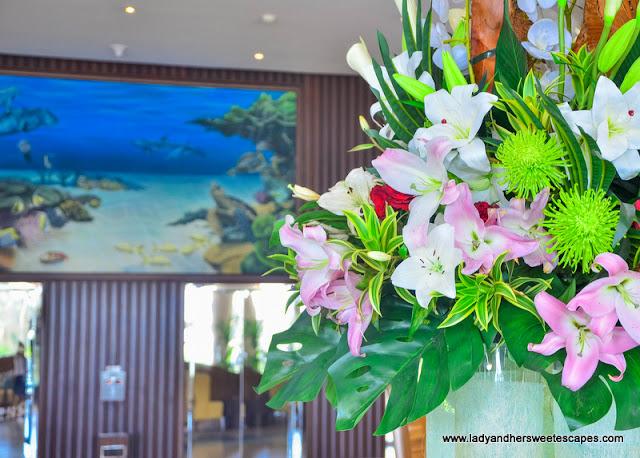 Danat Jebel Dhanna hotel lobby