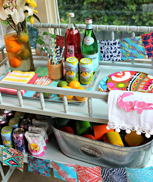 10+ Lilly Pulitzer Inspired Projects {rainonatinroof.com} #lillypulitzer #craft #roundup