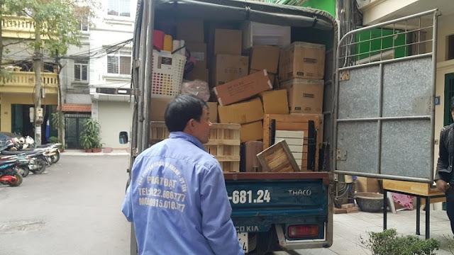 xe bán tải chuyển văn phòng