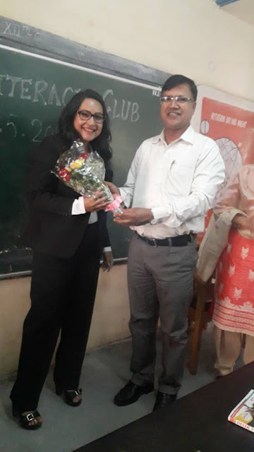 Advocate Anuja Kapur gave lecture to school students on legal issues