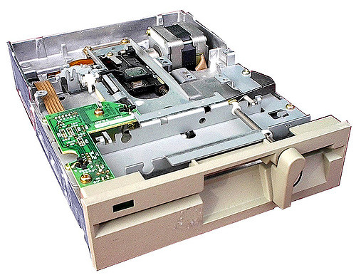 Floppy Disk (Diskette)