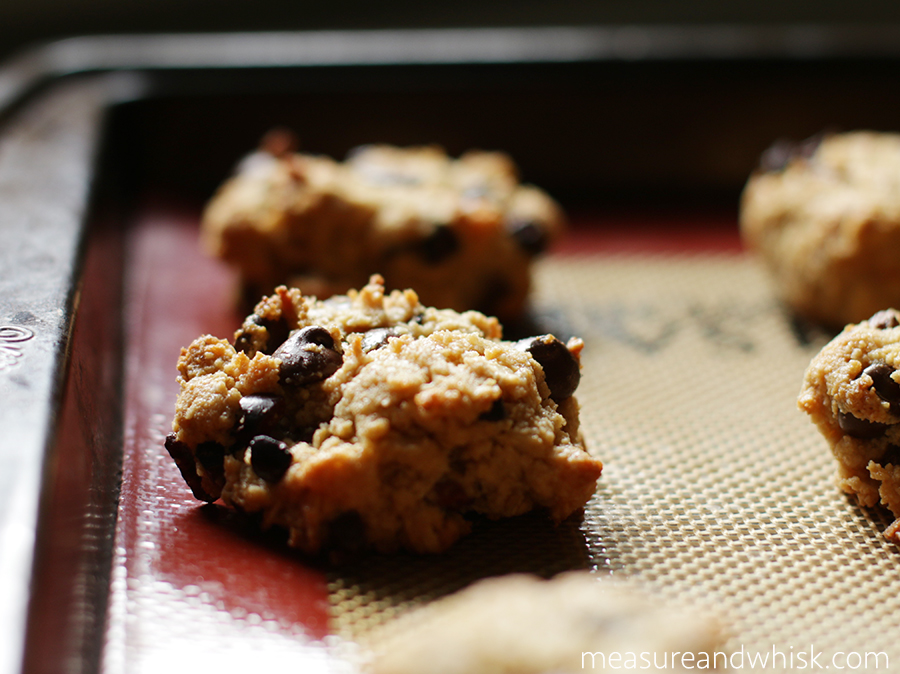 A few mostly sugar free desserts i am loving right now measure chocolate chip cookies sprouted kitchen via minimalist baker i have made these a few times i usually leave out the coconut and adapt it some forumfinder Choice Image