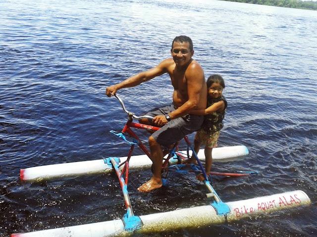 Mecânico de Barcelos-AM cria bicicleta aquática para pedalar no Rio Negro