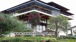 Villa Konsep Barak Untuk 40 Orang Di Lembang
