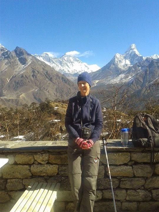 how i book the Everest trek Nepal