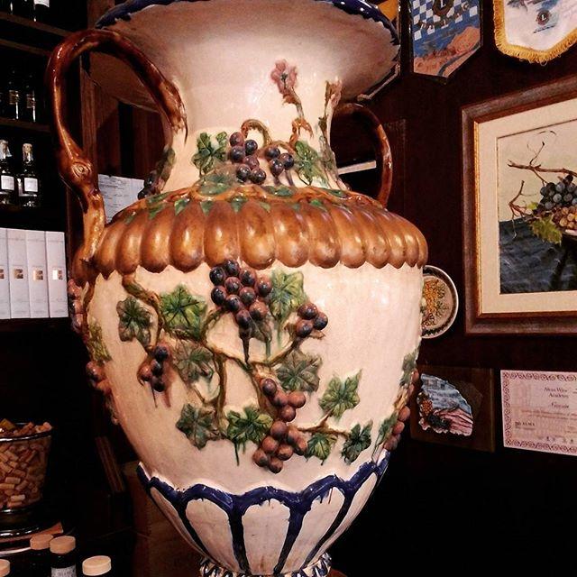 ceramica-siciliana-uva