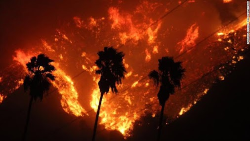 Southern California fires growing quickly, forcing thousands to evacuate Ventura, California (CNN) Tens...