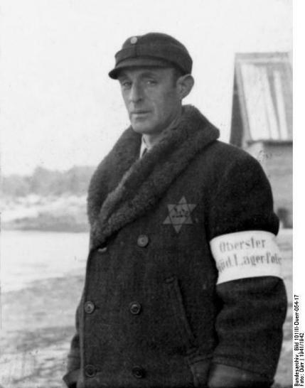 Еврейский полицейский в концлагере Саласпилс, 1942