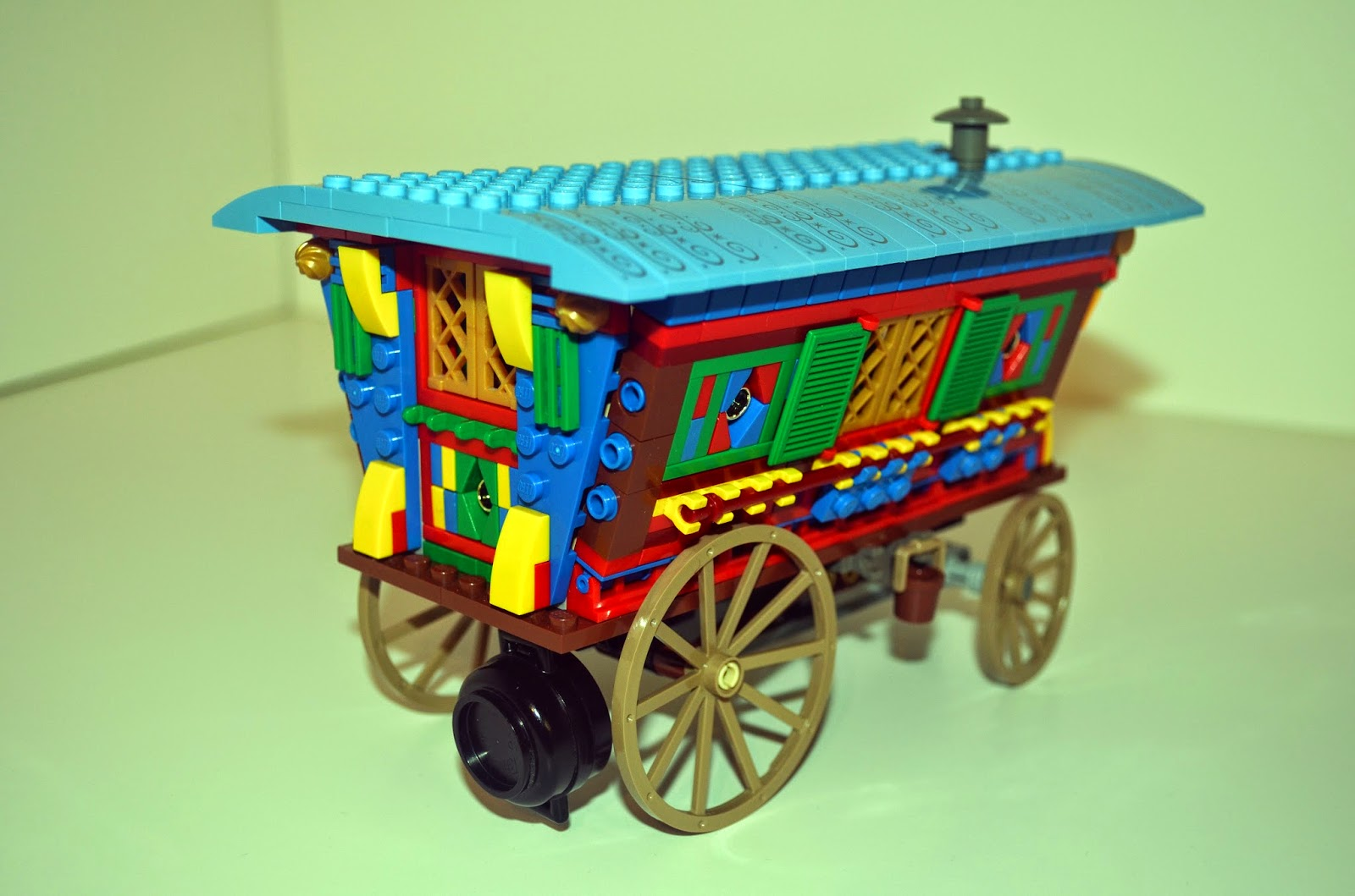 Alatariel's Atelier: Vardo (Romani Wagon) Lego Ideas Campaign
