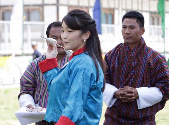 Princess Mako visited the National Textile Museum in the Bhutan capital Thimphu. Princess Mako at Changlingmethang National Archery Ground