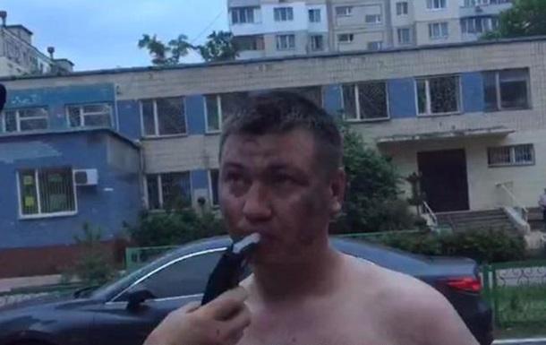 У Києві п'яні розбили дев'ять авто