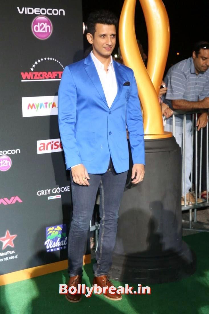 Sharman Joshi, Bollywood Celebs sizzle on IIFA 2014 Green Carpet Pics