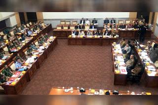 Rapat Kerja Panglima TNI - Anggota DPR
