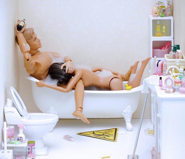 Barbie e ken relacoes sexuais - YouTube