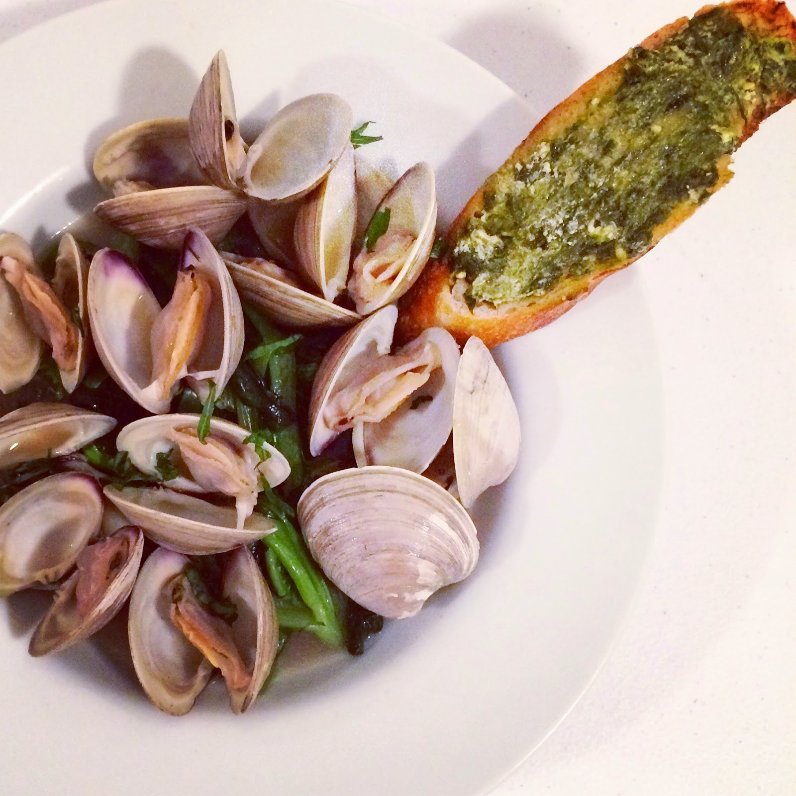 Savory Sweet Living: Beer-steamed Clams with Ramp and Goat Cheese