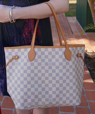 Louis Vuitton damier azur MM neverfull w patina