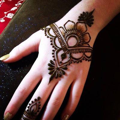 Beautiful Mehndi For Dulhan