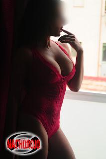 Aquí os dejo el perfil de Bella, con algunas de las fotografías que saque para su book de fotos para escort en Madrid, ademas os dejo los textos con los que se anuncia para que podáis saber mas de ella...