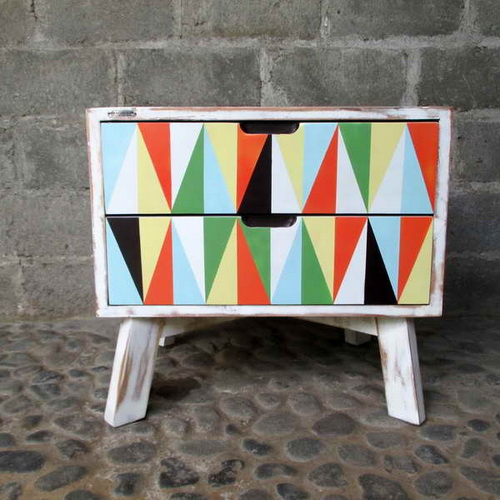 www.Tinuku.com Alldecos studio began painting on canvas to wood surface generate pop-classic and pop-shabby chic furniture