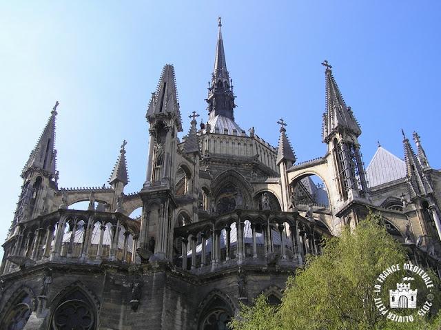 REIMS (51) - Cathédrale Notre-Dame (Extérieur - Chevet)