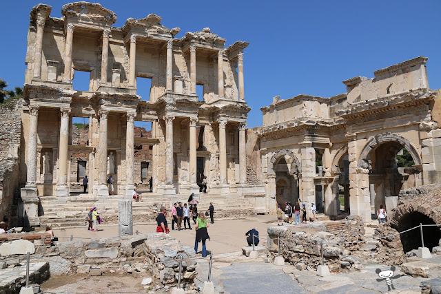 Ephesus is one of the seven wonders of the world as the greatest outdoor museum with the lists of gloriest historical events in Turkey