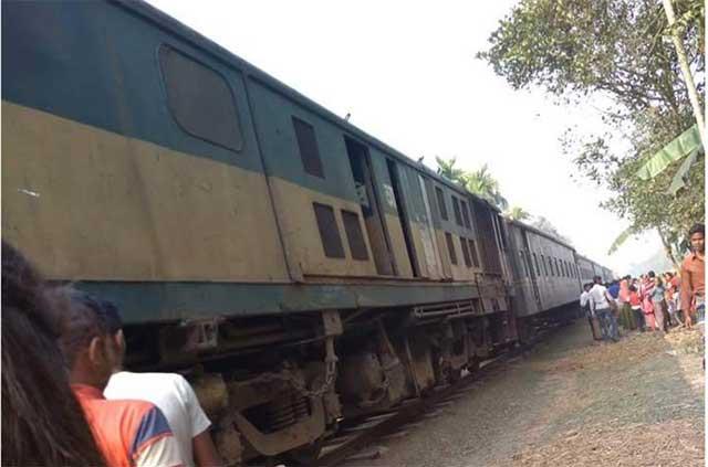 Passenger train derailed in Sarishabari, killed Nasiman driver