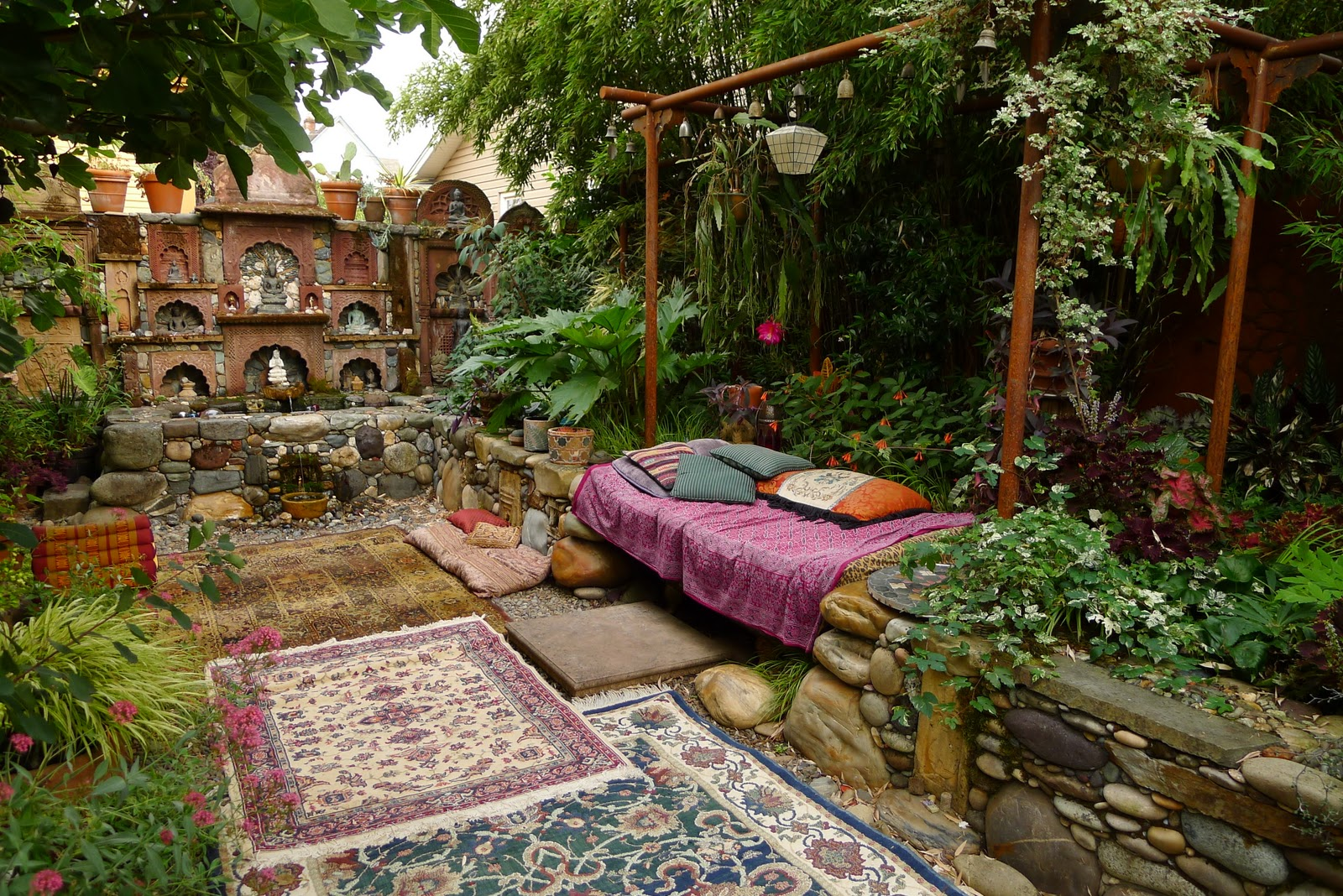 jeffrey bale's world of gardens: bathing in the garden