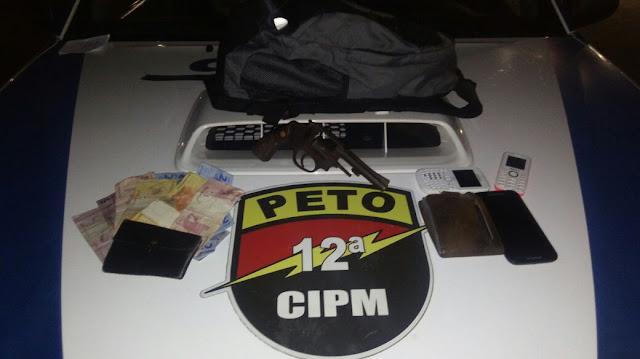 Ação preventiva da 12ªCIPM prende assaltantes de ônibus na Curva da Paciência