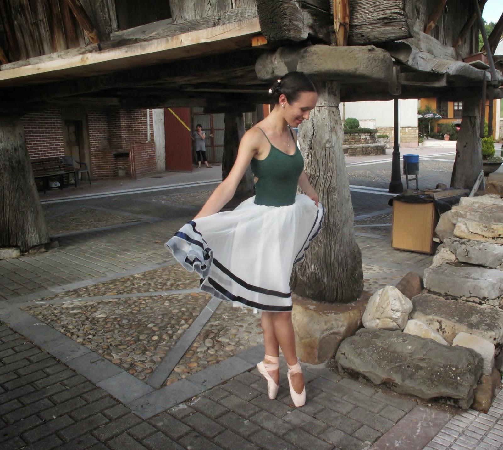 Country ballerinas Sobrescobio