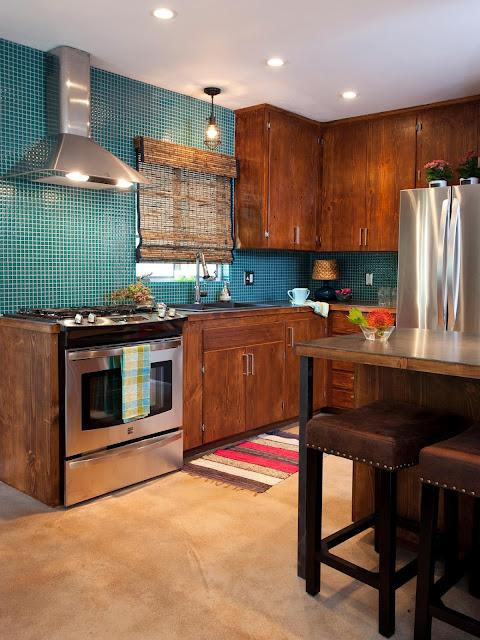 Kombinasi warna biru di dapur