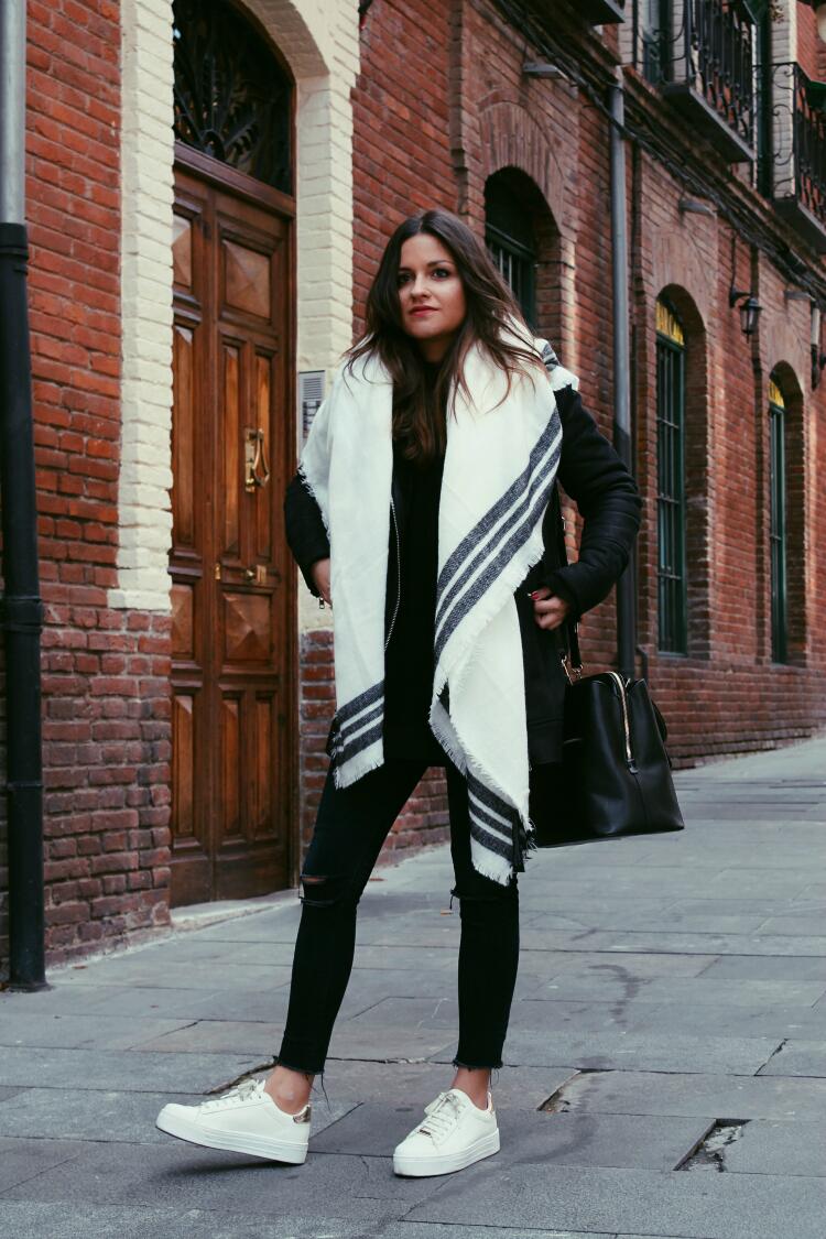 outfit-bufanda-blanca-blog-de-moda-littleblackcoconut