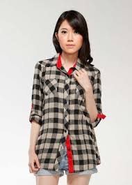 Model Baju kemeja Wanita Motif Kotak Lengan Panjang Terbaru