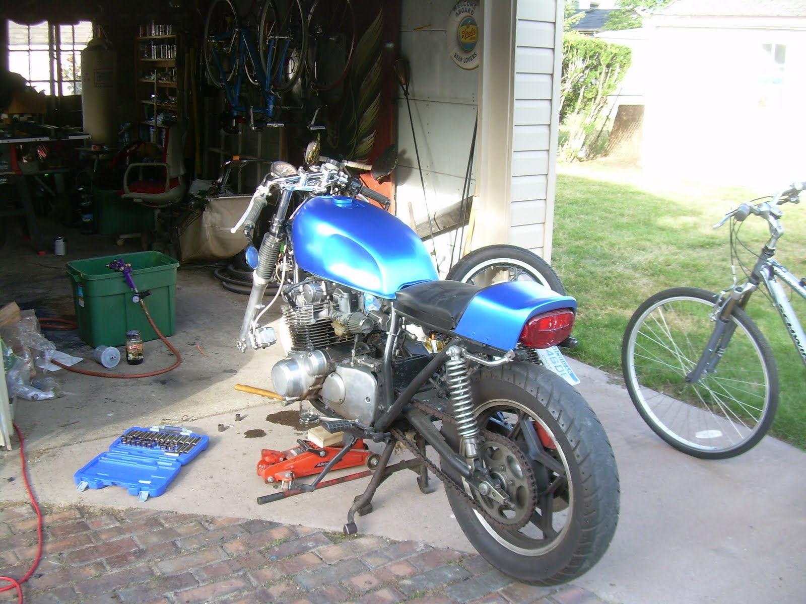 Build Shit Dude Suzuki Gs750 Cafe Wiring Diagram I Also Removed The Splitter From Brake Setup And Ran Two Lines All Way Up To Master Cylinder Cant Recommend This Upgrade Enough