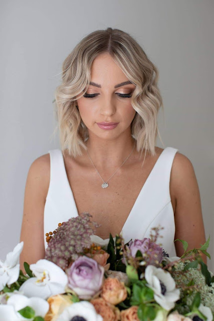 NICOLA HOLLAND PHOTOGRAPHY SUNSHINE COAST MAKEUP ARTIST BRIDAL STYLIST