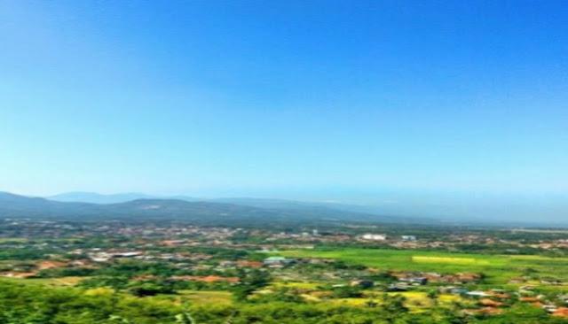 pemandangan sekitar wisata curug cinulang