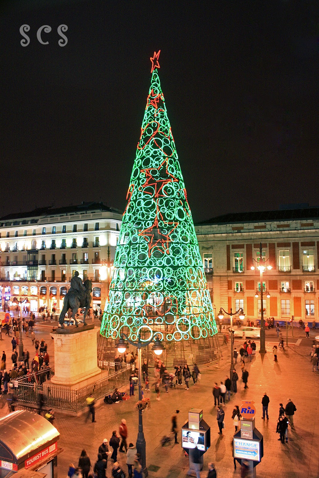 Puerta del sol madrid for Puerta del so