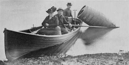 Annie Edson Taylor preparing her historic trip over Niagara Falls