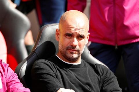 Pep Guardiola bị treo giò 2 trận