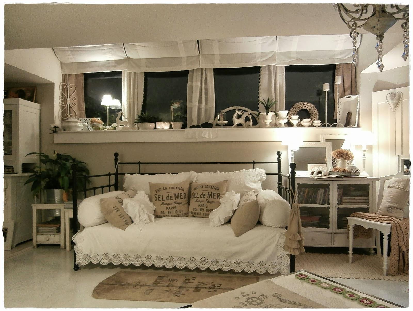 shabby landhaus was ist mit der laube passiert. Black Bedroom Furniture Sets. Home Design Ideas