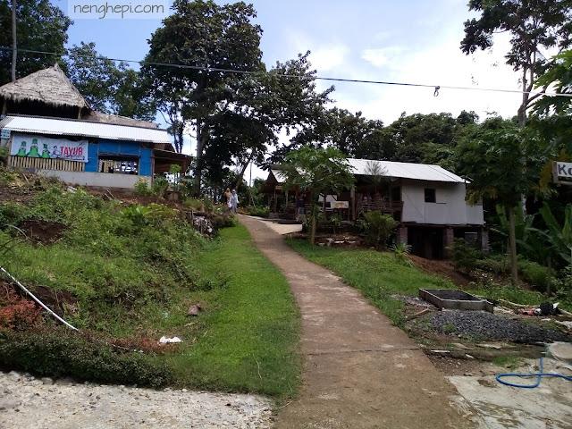 Pantai Sendiki Malang: Menyusuri Barisan Pantai
