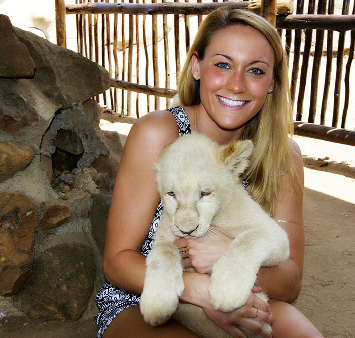 27-Year-Old Woman To Become First Female Ever To Visit Every Country On Earth - From meeting lion cubs