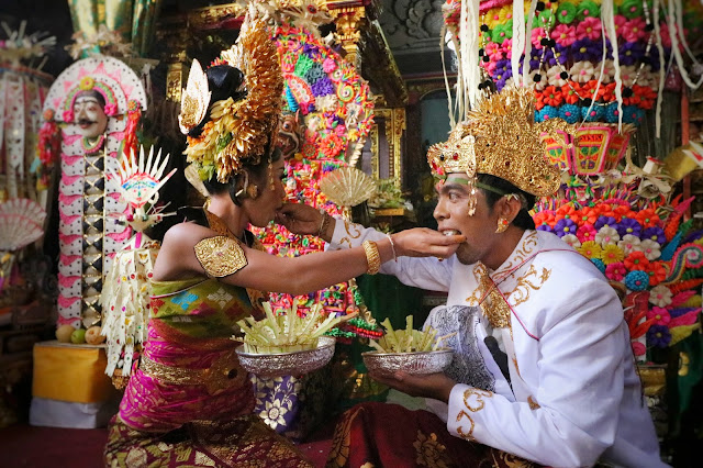 Prosesi Pernikahan Adat Bali