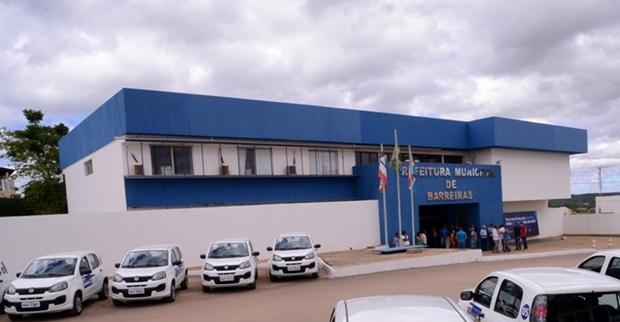 PREFEITURA-MUNICIPAL-DE-BARREIRAS