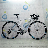 700C Polygon Strattos S1 Road Bike