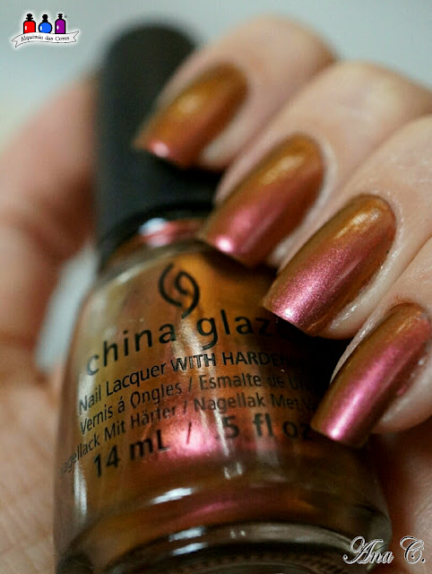China Glaze, Cabin Fever, duochrome