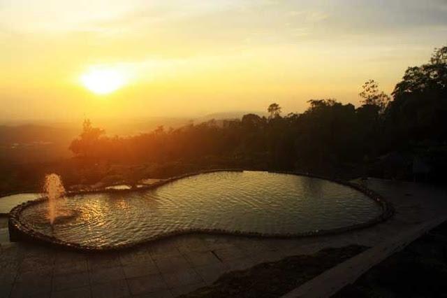 pemandangan sunset di lokasi wisata Umbul Sidomukti
