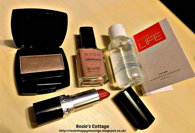 Avon True Range Starter Kit Free Gift Unboxed