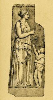 Τελέσιλλα. Ακολουθεί το κείμενο: Κόρες της Μνημοσύνης  ελάτε εδώ απ' τον ουρανό  και τραγουδήστε μαζί μου  τη μητέρα των θεών,  που ήρθα, αφού περιπλανήθηκα  στα όρη και στις πηγές  με ανεμοπαρμένα τα μαλλιά  ξετρελαμένη στα βουνά.  Και ο βασιλιάς ο Δίας σαν είδε  τη μητέρα των θεών  έριξε κεραυνό και  πήρε τα τύμπανα,  έσπασε τα βράχια  και πήρε τα τύμπανα.  -Μητέρα, φύγε στους θεούς  και μη γυρνάς στα όρη,  γιατί τ' άγρια λιοντάρια  και οι γκρίζοι οι λύκοι  [θα σε φάνε κυνηγημένη.]  -Δε θα φύγω στους θεούς  αν δεν πάρω μερίδια,  το μισό απ' τον ουρανό,  τ' άλλο μισό απ' τη γη,  το τρίτο μέρος απ' τη θάλασσα,  κι έτσι θ' αποχωρήσω.  -Χαίρε, μεγάλη βασίλισσα,  Μητέρα του Ολύμπου.     Το μοναδικό ποίημα της Τελέσιλλας που σώθηκε ολόκληρο και μάλιστα όχι σε πάπυρο, αλλά ως επιγραφή χαραγμένη σε λίθο του 3ου ή 4ου μ.Χ. αιώνος, που βρέθηκε στο ιερό του Ασκληπιού στην Επίδαυρο, είναι ένας ύμνος στη «μητέρα των θεών».